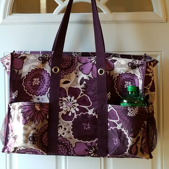 Thirty-one purple flower bag. M 5aabc2988df470aadb95c172